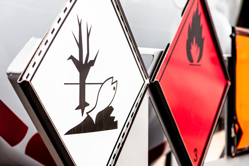 Ecoteti srl consulenza normativa adr per il trasporto di merci pericolose