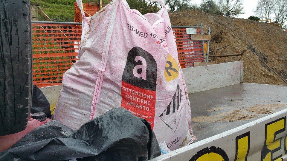 Smaltimento Rifiuti Pericolosi - Smaltimento Amianto Ecoteti srl